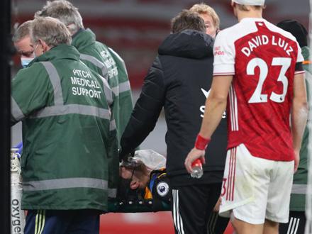 Sudario se glavom sa defanzivcem Arsenala FOTO: EPA-EFE