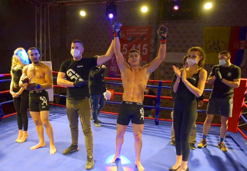 Održano pet profesionalnih kao i pet polu profesionalnih borbi FOTO: Gladiators Vranje