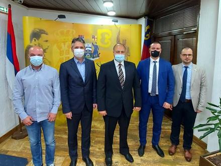 Zajednička fotografija nakon sastanka FOTO: vranje.org.rs
