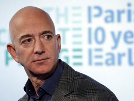 Džef Bezos (57) FOTO: AP
