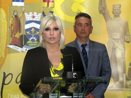 Ministarka Mihajlović i gradonačelnik Milenković FOTO: D. Ristić/OK Radio