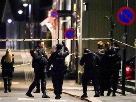 Raspoređen veliki broj policajaca FOTO: Reuters/Hakon Mosvold/NTB