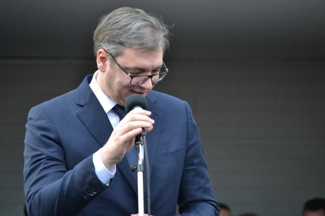 Vučić otvorio hiruški blok