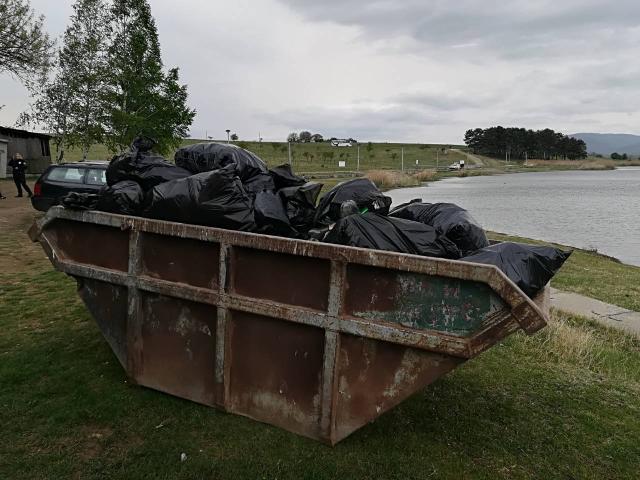 Ćišćenje Aleksandrovačkog jezera pred Uskrs 2019.