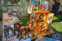 Svetinje od gipsa i ikone