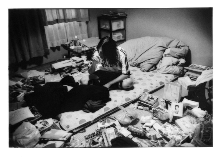 the phenomenon of hikikomori By dylan reilly imagine, that, for whatever reason, life seems simply unbearable to you you may be in school and being constantly bullied, or having a.