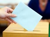 HITLER I LENJIN se bore za vlast na izborima