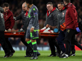 Velbek iznet sa terena, zbog povrede članka završio u bolnici