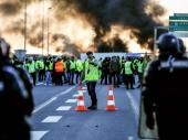 Haos zbog CENE GORIVA se nastavlja: Vozači blokiraju NAFTNA SKLADIŠTA u Francuskoj