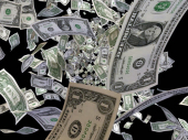 Pola miliona dolara se rasulo po putu, vozači odneli 300.000 (VIDEO)