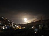 Izrael gađao Siriju, gorelo nebo iznad Damaska VIDEO