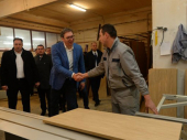 Vučić najavio nove fabrike u Hanu