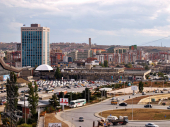 Francuska poziva Prištinu da suspenduje ili ukine takse