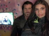 Ćerka plejboja: Tata ima ženu i mnogo ljubavnica, svi živimo zajedno (FOTO, VIDEO)