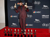 Drejk postavio rekord na Bilbordovim nagradama (VIDEO)