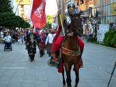VITEZOVI prodefilovali Vranjem (FOTO)