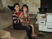 Marija i Tijana više gladne nego site: Jedina želja devojčice je da ima da jede (FOTO)