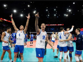 Odbojkaši Srbije ŠOKIRALI publiku u Parizu posle nestvarnog polufinala sa Francuskom