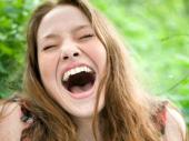 Džokerov nekontrolisani smeh je simptom oboljenja koje može da se desi svakome