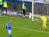 Ovo još nikada niste videli: Najčudniji penal u istoriji fudbala, skrivio ga je igrač koji nije bio u igri (video)