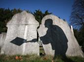 Strava i užas: Otkopan grob i odneta glava iz kovčega! Nedostaju i delovi sanduka i krst