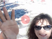 BAKSUZ! Nasmejana pravila selfi, prišao joj lopov i ukrao telefon! (VIDEO)