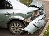 Udarili auto, a onda novi šok: Čovek platio štetu i častio ga sa 40 EVRA ZBOG NERVIRANjA! (FOTO)