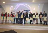 SVETOSAVSKI BAL: Uručene nagrade i priznanja