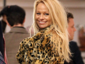 Pamela Anderson se razvodi posle 12 dana braka! (VIDEO)