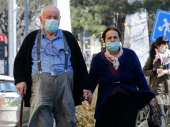 Korona virus: Kako razgovarati sa starijima koji ne shvataju dovoljno ozbiljno upozorenja