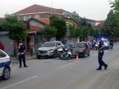 Policajac na službenom motoru OBOREN u centru grada
