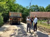Nastavak komunalnog programa: Asfalt stiže u Ranutovac i Suvi Dol (VIDEO)