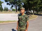 Vojnik u Vranju spasio život čoveku koji se gušio zbog epi napada (FOTO)