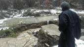 Reka odnela mostić, manastir u Kacapunu odsečen od sveta