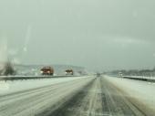 Vozači, oprez zbog snega i magle