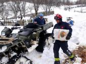 Neka sela još uvek ZAVEJANA, spasioci i dalje pomažu