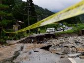 Pokrenulo se veliko klizište: Zemlja rušila sve pred sobom; Nestalo 20 osoba VIDEO