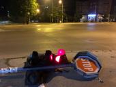 U sred noći: OBOREN SEMAFOR na Trgu Bratstva i jedinstva