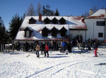 Nova godina: MAKEDONCI i BUGARI masovno u Vranju